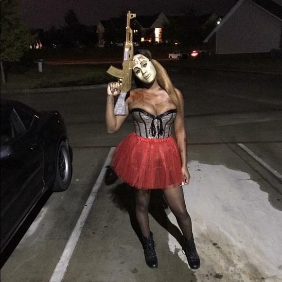 #1 I Love This Halloween Costume